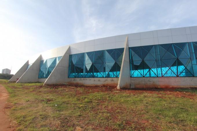 crédito de imagem: Portal A Rede Prefeitura deverá abrir nova licitação para contração de empresa para o término da Arena.