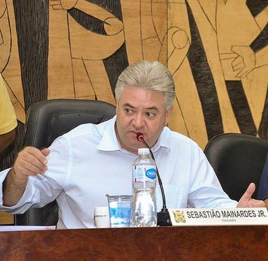 """""""Não sei o que o executivo vai fazer, mas eu tenho uma posição contrária ao aumento de impostos"""", declarou Mainardes. (foto:José Aldinan/CMPG)"""